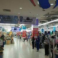 Photo taken at Carrefour by Rosmaya M. on 5/11/2017