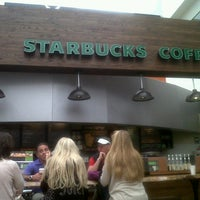 Photo taken at Starbucks by Israel R. on 1/14/2013