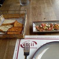9/19/2018 tarihinde Murat D.ziyaretçi tarafından The Butcher Shop & Etçii Steakhouse'de çekilen fotoğraf