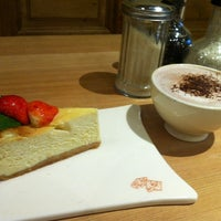 Photo taken at Le Pain Quotidien by Lebinh N. on 10/3/2013
