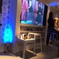Photo taken at Nike Fuelstation by Lebinh N. on 1/22/2014