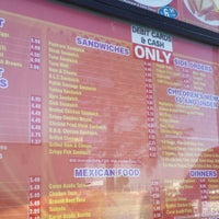 Photo taken at Boys Burger by Ranon P. on 6/5/2014