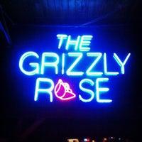 Foto tirada no(a) Grizzly Rose por Aaron W. em 3/8/2013