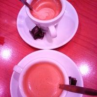 Снимок сделан в Butlers Chocolate Café пользователем Héctor O. 11/3/2015