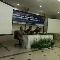 Photo taken at Mutiara Meeting Room by Halis P. on 2/23/2013