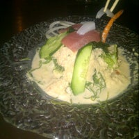 Photo taken at Hana Japanesse Restaurant by Dasya Q. on 11/23/2012