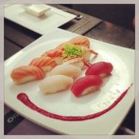 Photo taken at Zen Comida Japonesa by Thiago F. on 6/19/2013