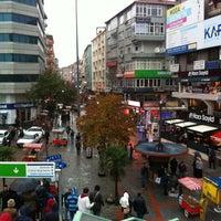 12/4/2012 tarihinde Kalbin M DEMİRziyaretçi tarafından Şirinevler Meydanı'de çekilen fotoğraf