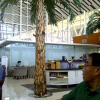 Photo taken at BLUE SKY Executive Lounge by Roy M. on 3/29/2013