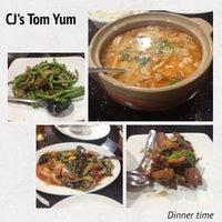 Foto diambil di CJ Tomyum oleh Ovilia F. pada 9/21/2014