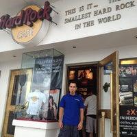 Photo taken at Hard Rock Cafe Cozumel by Bar S. on 8/8/2013