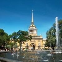 Снимок сделан в Александровский сад пользователем vincenzo 7/18/2013