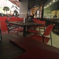 Снимок сделан в Babilônia Gastronomia пользователем Dalila L. 6/15/2017