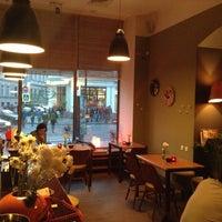 Foto tirada no(a) Cafe King Pong por Саша Н. em 5/8/2013