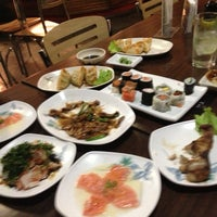 Photo taken at Restaurante Sushi Tori | 鳥 by 'Marcos V. on 5/7/2013