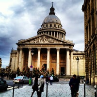Photo taken at Panthéon by Wellington S. on 12/16/2012