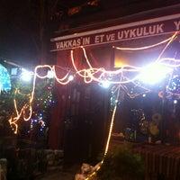 Photo taken at Vakkas'ın Et ve Uykuluk Yeri by Jacob d. on 12/31/2012