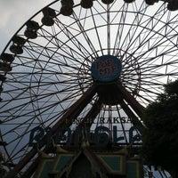 Foto diambil di Wahana Kincir Raksasa Bianglala (Giant Wheel) oleh Deasy N. pada 9/12/2016