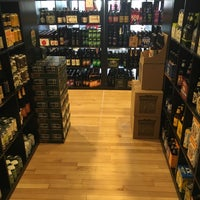 Photo taken at Craft Beer Cellar Waterbury by James R. on 7/15/2016