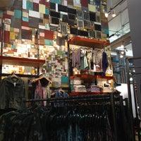 3/29/2013にКатя М.がUrban Outfittersで撮った写真