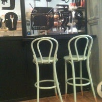 4/13/2013 tarihinde Elena D.ziyaretçi tarafından Café Ma Baker'de çekilen fotoğraf