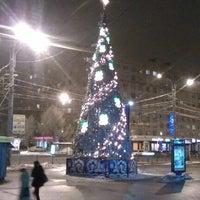 Снимок сделан в Площадь Мужества пользователем Настёна Р. 1/13/2013