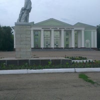 Photo taken at Площадь Ленина (ДК Кирова) by Ledi_di on 7/7/2014