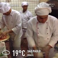 Das Foto wurde bei Pizza & Pizzas von Alê P. am 6/8/2013 aufgenommen