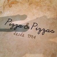 Das Foto wurde bei Pizza & Pizzas von Alê P. am 10/24/2013 aufgenommen