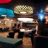 Снимок сделан в PLOV lounge & banquet hall пользователем Vladimir G. 8/13/2015