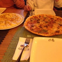 3/4/2018 tarihinde Gönülziyaretçi tarafından Gazetta Brasserie - Pizzeria'de çekilen fotoğraf