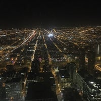 Photo taken at Metropolitan Club Of Chicago by Ben D. on 11/11/2016