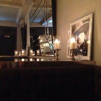 Снимок сделан в Café de Paris пользователем Marie G. 10/29/2013