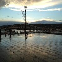 3/15/2013 tarihinde Büşra K.ziyaretçi tarafından Kordon'de çekilen fotoğraf
