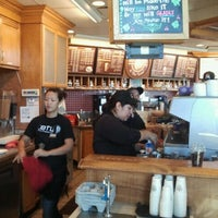 Photo taken at The Coffee Bean & Tea Leaf by Cari-loo S. on 10/14/2012