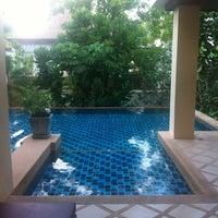 Photo taken at Crown Lanta Resort & Spa by ReviewbyBiere .. on 10/27/2012