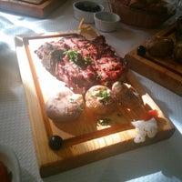 Foto tirada no(a) Restaurante Dias por Filipe C. em 1/25/2014