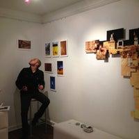 Foto tomada en Labloom Escuela de Fotografia y Artes Visuales por Fabian A. el 1/23/2013