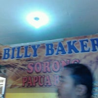 Photo taken at Billy Bakery of Sorong by Dodik P. on 5/4/2013
