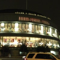 Photo taken at Louise M. Davies Symphony Hall by Savio Y. on 12/6/2012