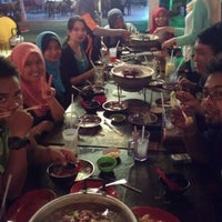 Photo taken at Repoh Seafood by Azril N. on 4/13/2013