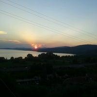 Das Foto wurde bei Passignano sul Trasimeno von Jennifer P. am 7/22/2013 aufgenommen