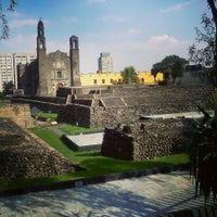 Foto tomada en Zona Arqueológica Tlatelolco por Christian V. el 10/1/2013