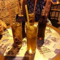 7/20/2013 tarihinde Duygu S.ziyaretçi tarafından Filika Cafe & Bar'de çekilen fotoğraf