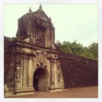 Foto tirada no(a) Fort Santiago por Raffy A. em 12/12/2012