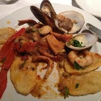 Foto tomada en Rosatto Restaurante por Emilio G. el 5/7/2013