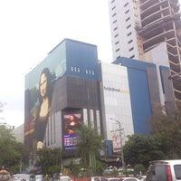 Photo taken at Monalisa by Rodolfo C. on 9/29/2013