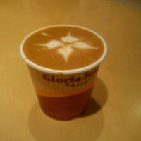 Photo taken at Gloria Jean's Coffees by Mlle. E. on 12/23/2012