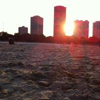 Foto diambil di Foster Beach oleh Meagan T. pada 7/10/2013