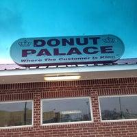 Photo taken at Donut Palace by Bernice B. on 2/26/2014